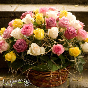 Basket of 51 multicolored roses mix
