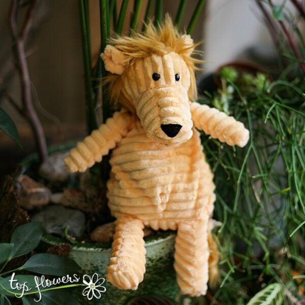 Plush lion   Hand sewn