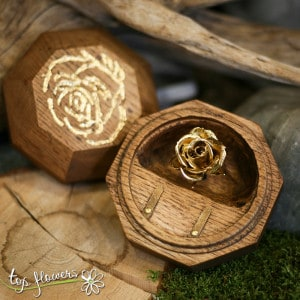 Wedding box for rings with gilded rose bud | GOLD